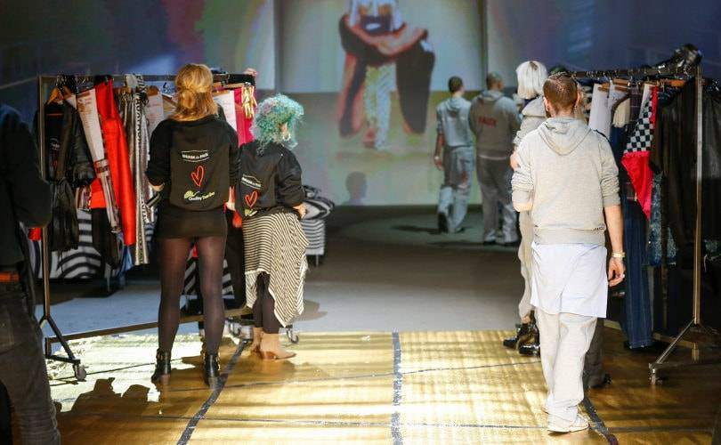 Maison the Faux neemt iedereen mee backstage op MBFWA