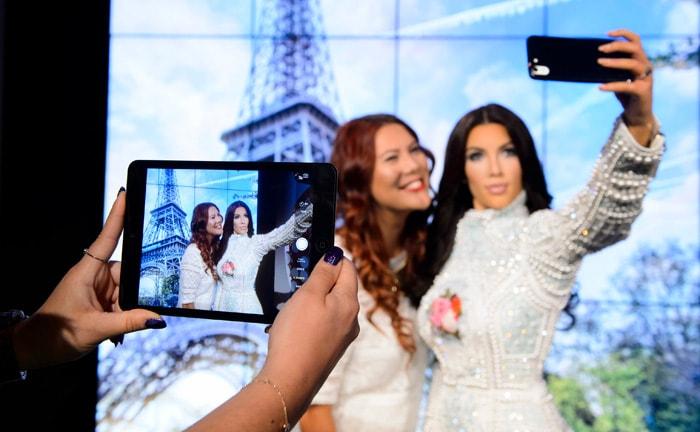 Hoe de selfie de mode-industrie verstoort
