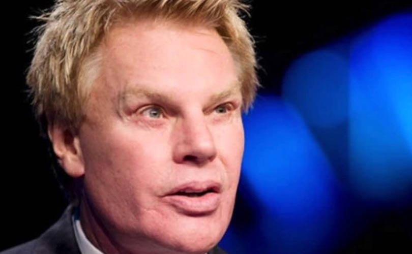 CEO Abercrombie & Fitch stapt per direct op