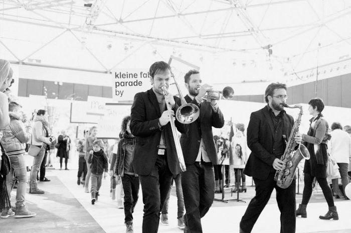 In beeld: Achter de schermen bij de Amsterdamse modeweek