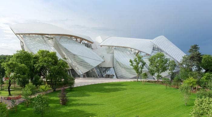 Waarom Christian Dior en LVMH de luxe-industrie domineren