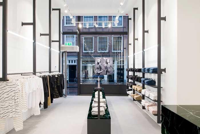 Zoe Karssen opent eerste brandstore in thuisstad Amsterdam