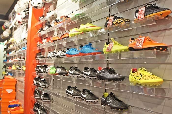 Kledingbranche profiteert van herstel, maar schoenenbranche nog niet