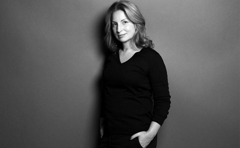 """Anne Valérie Hash: """"Durf pauze te nemen in een systeem waarin alles steeds sneller gaat"""""""