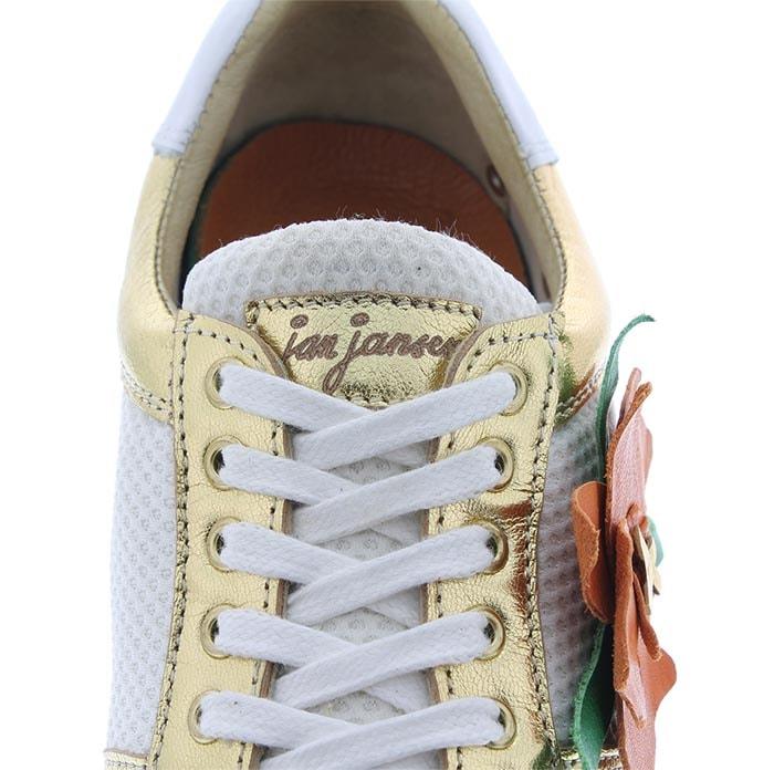 Jan Jansen ontwerpt een gouden schoen voor Nijmeegse Vierdaagse
