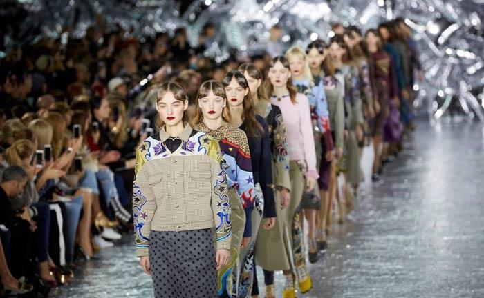 Dit verdient de stad Milaan aan Milan Fashion Week