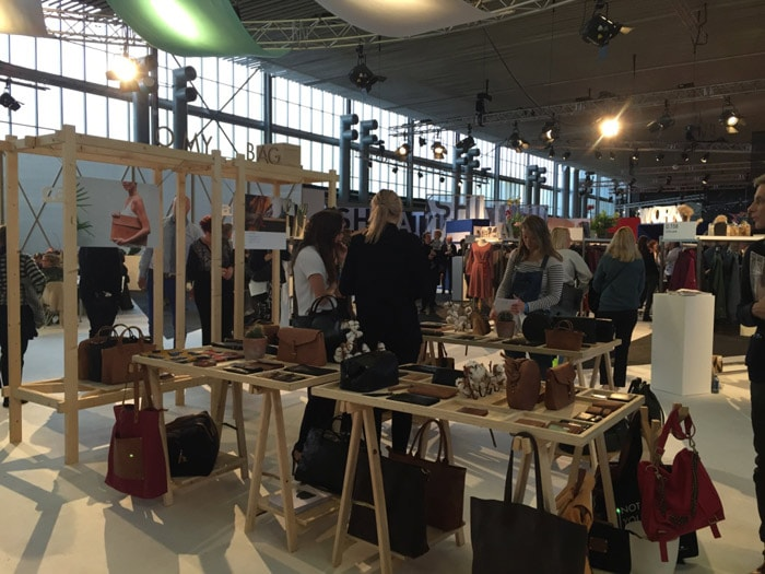 Modefabriek: rijke aankleding stands is de grootste troef