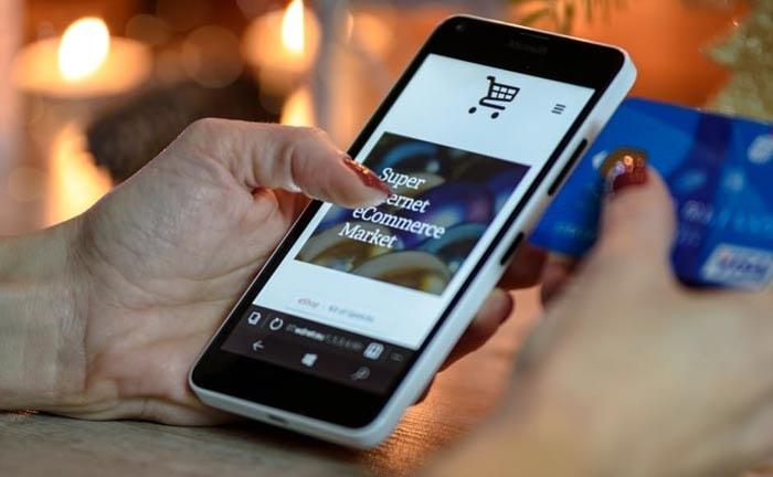 Aantal personen dat online kocht stijgt met 2 procent in 2016
