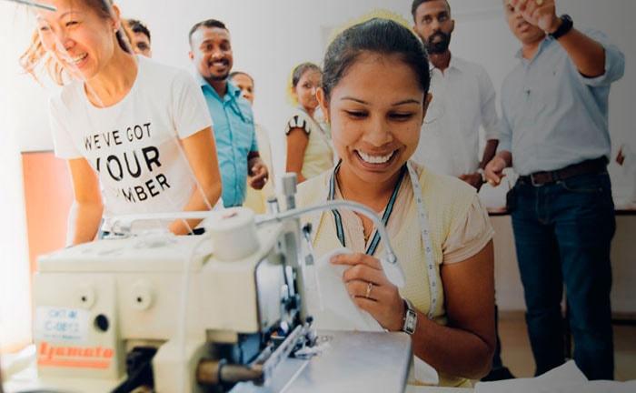 Levi Strauss publiceert handleiding ter verbetering welzijn fabriekswerkers