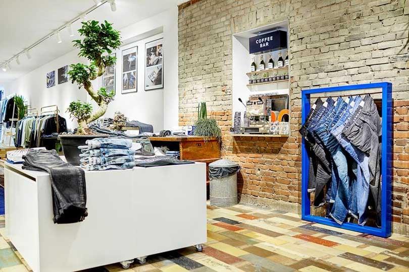 Kijken: Eerste winkel voor vrouwen voor Denham the Jeanmaker