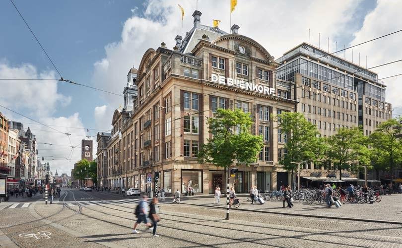 Bijenkorf verruimt openingstijden in Amsterdam en Den Haag