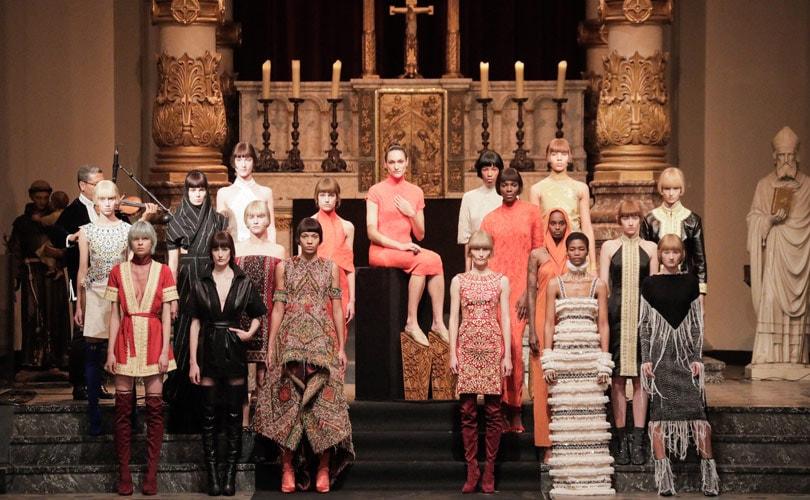 Werk van mode ontwerper Karim Adduchi te zien in Musée des Arts Decoratifs
