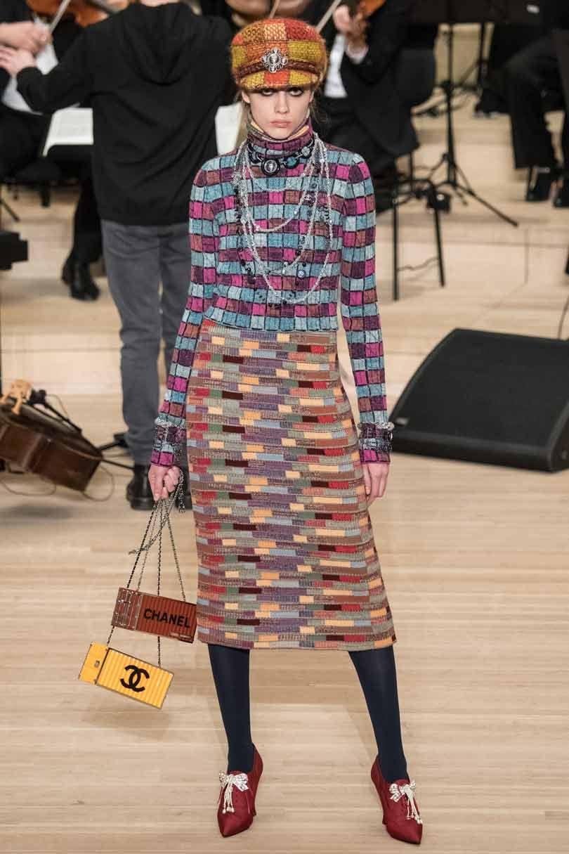Kijken: Lagerfeld toont Chanel's Métier d'Art in geboortestad Hamburg