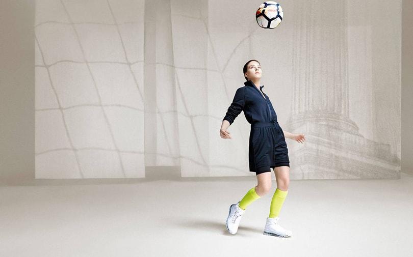 De duistere zijde van Nike en Adidas' WK-sponsorschappen: Lage lonen