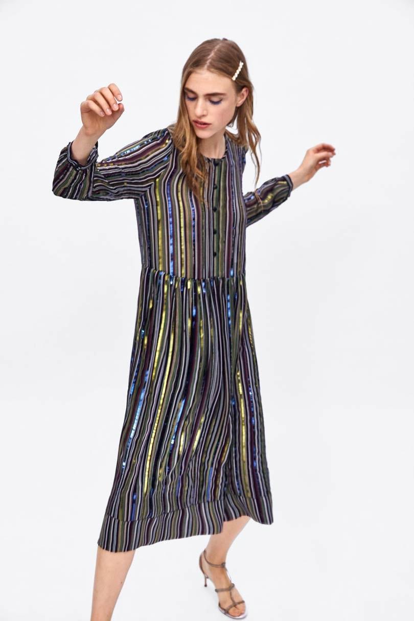De terugkeer van de flapper dress: dé trend in damesmode deze herfst