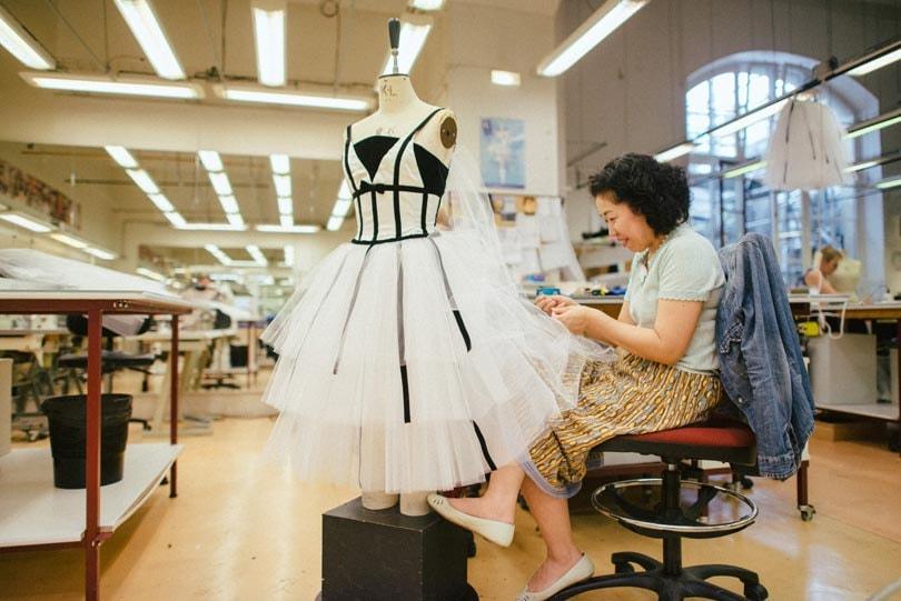 Het gebrek aan noodzakelijke vaardigheden in de mode industrie