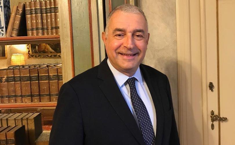 Ugo Giorcelli verruilt Salvatore Ferragamo voor Benetton