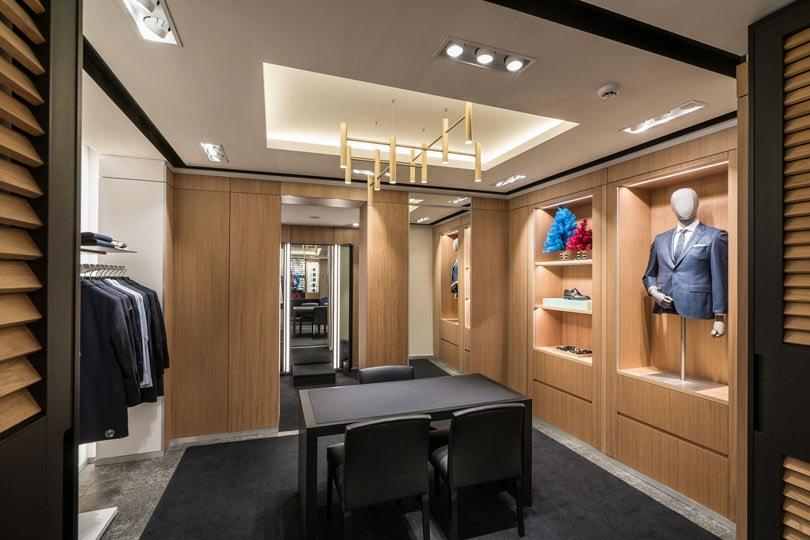 Antwerpse Boss-winkel eerste in de Benelux met made to measure