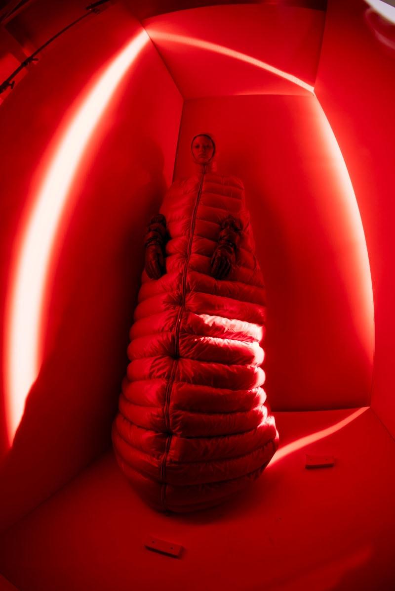 V&A Museum in Londen zet grootste tentoonstelling ooit over fotograaf Tim Walker op