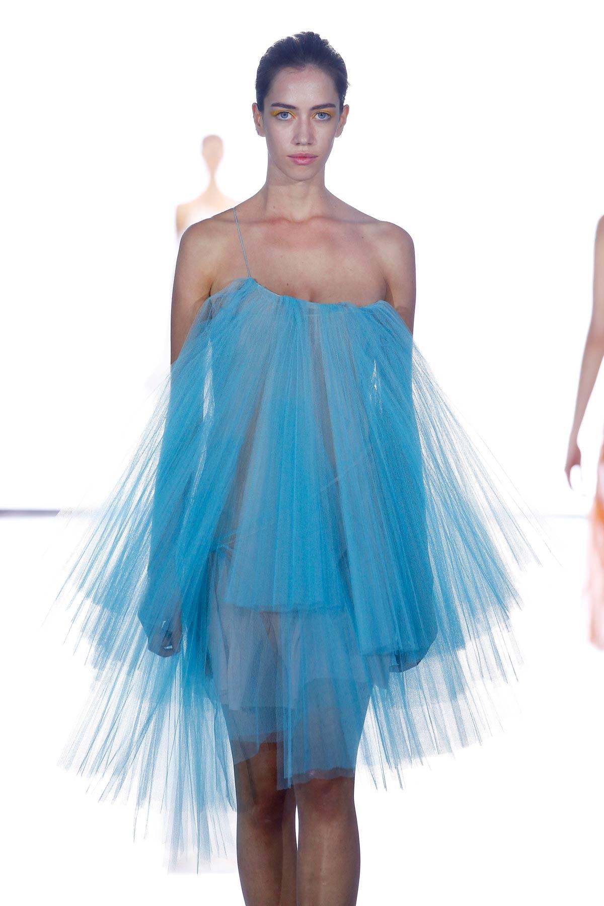 Zien: David Laport showt 'Super Photosynthesis' op Mercedez-Benz Fashion Week Ibiza