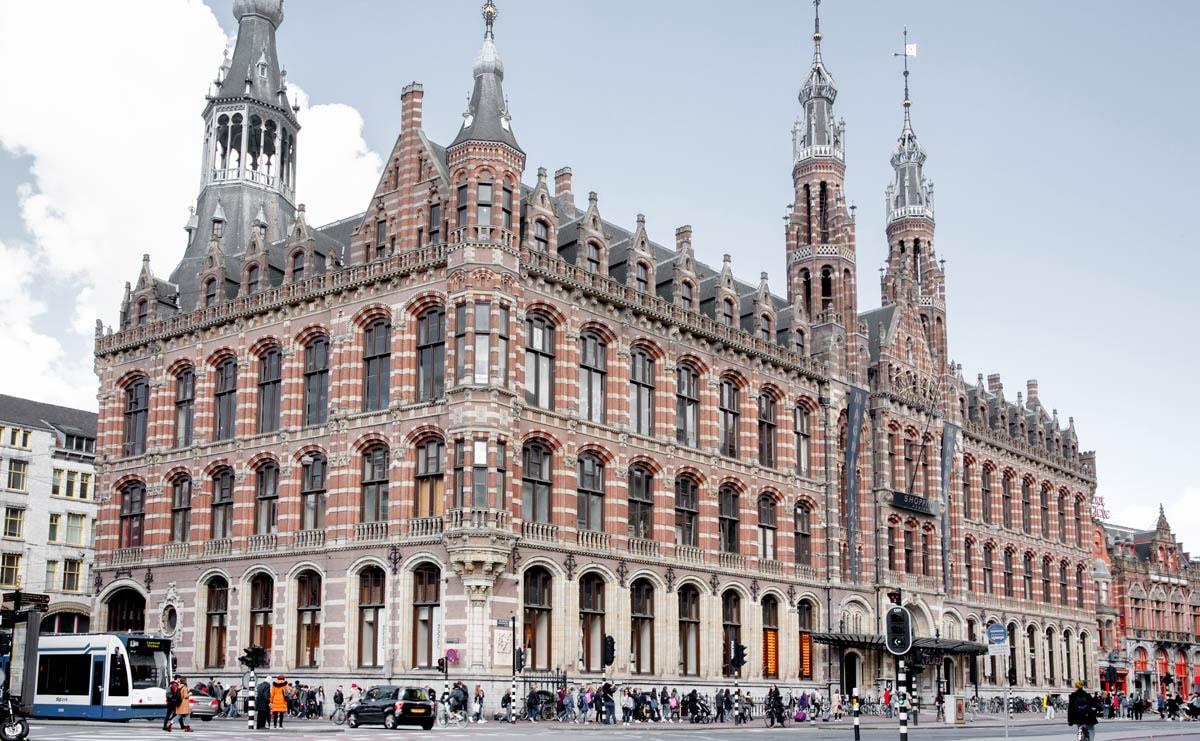 Hutspot opent winkel in Magna Plaza Amsterdam