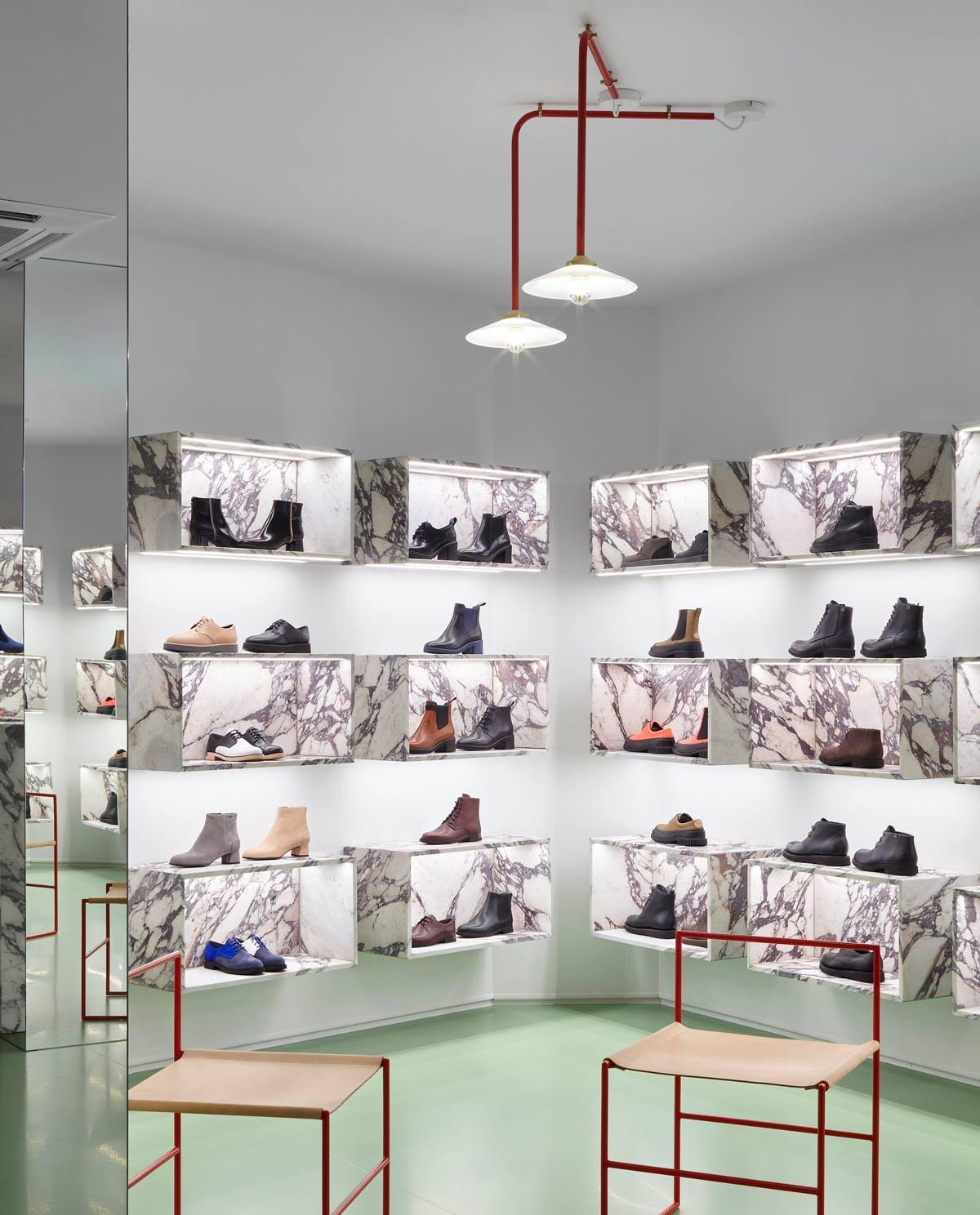 Camper strikt Muller van Severen voor nieuw winkelinterieur Antwerpse store