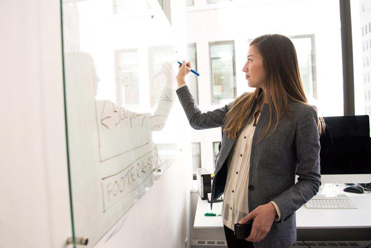 Waarom is het zo lastig voor vrouwen CEO van een modebedrijf te worden?