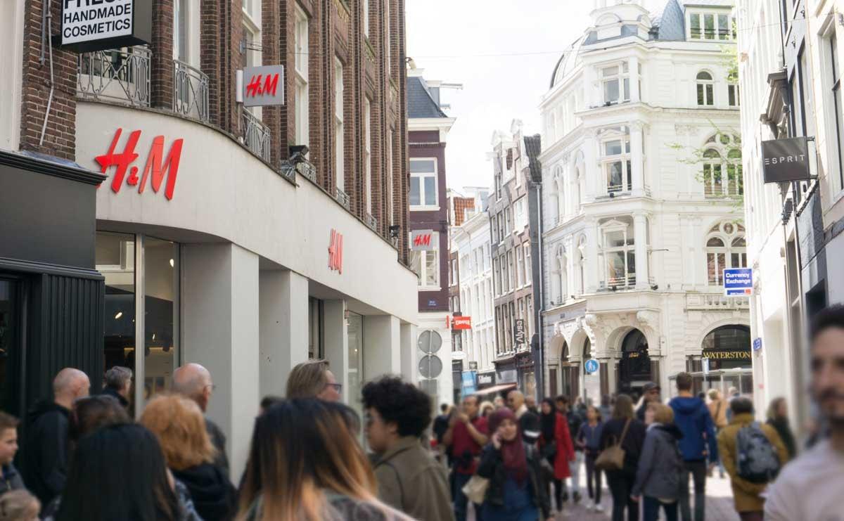 Winkelstraten in 2019 minder druk, zaterdag wint aan populariteit