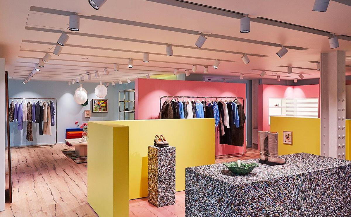 Binnenkijken bij de flagshipstore van Ganni in het Verenigd Koninkrijk