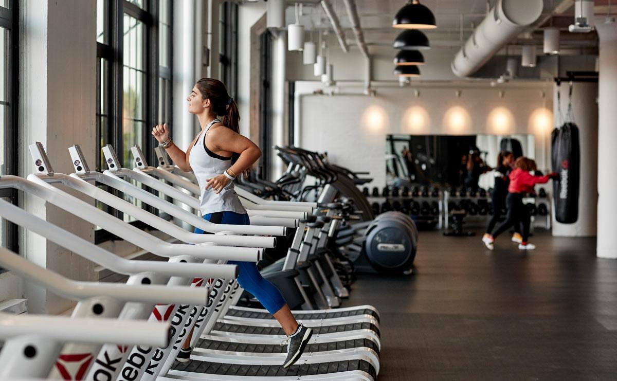 Reebok keert terug naar omzetgroei, Adidas AG maakt verwachting waar in H1