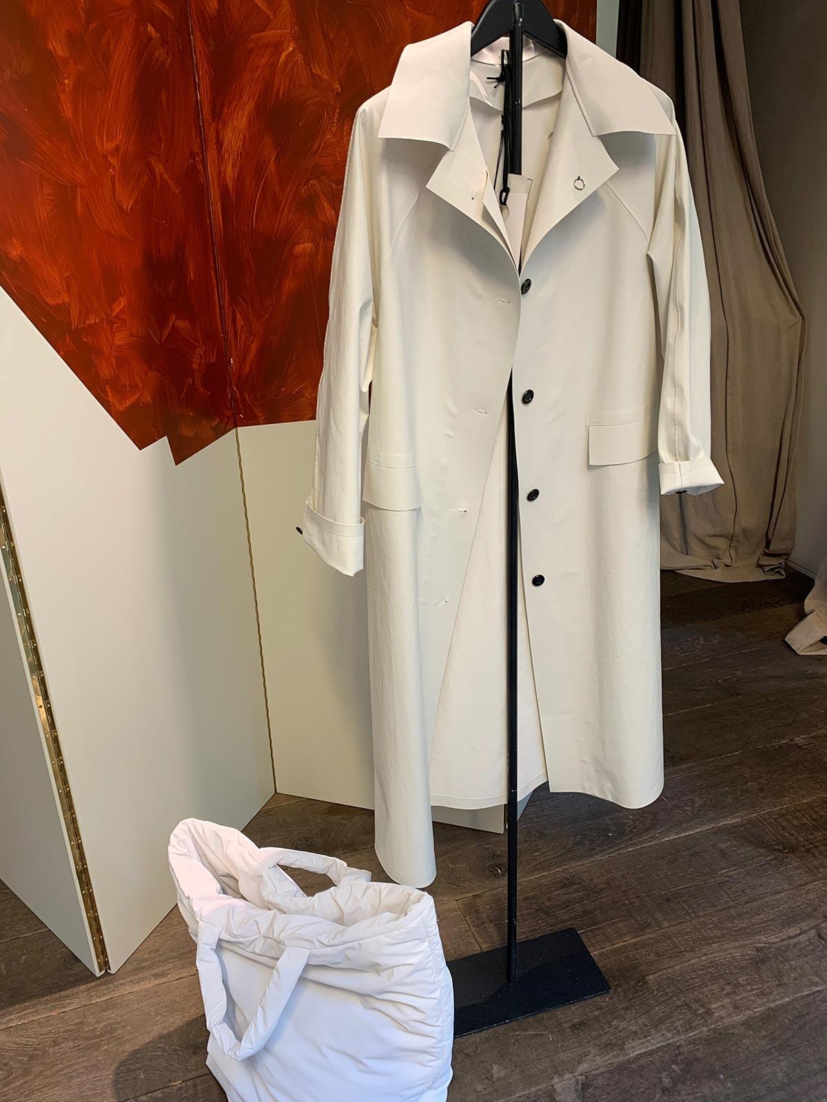 Antwerpse concept store Graanmarkt 13 maakt nu ook tassen