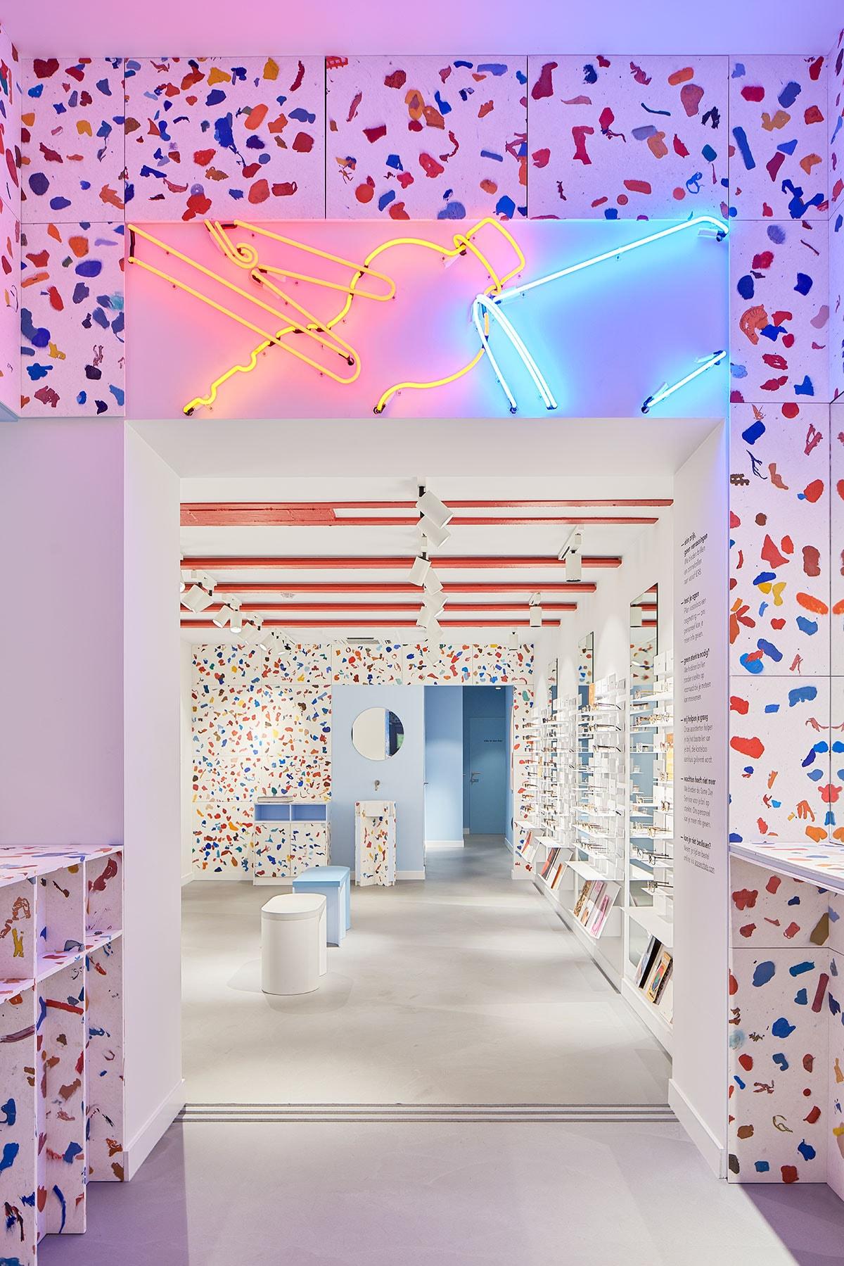 Binnenkijken bij de nieuwe kleurrijke Ace & Tate winkel in Antwerpen