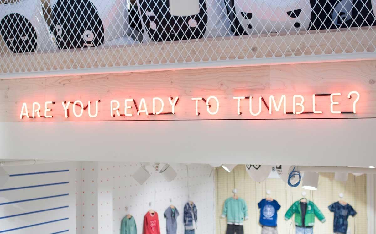 Winkels Tumble 'n Dry dicht, merk gaat online verder