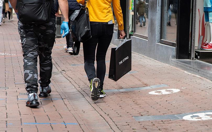 Detailhandel Nederland roept klanten op: respecteer coronaregels tijdens het winkelen