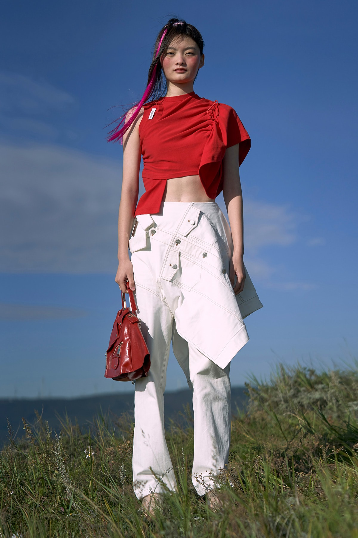 Gespot op de catwalk: Pantone's modekleuren lente/zomer 2021