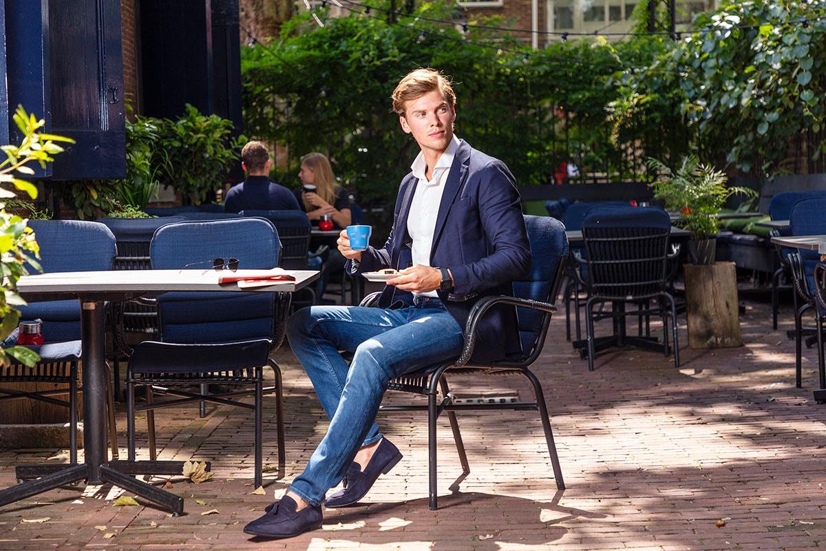 In gesprek met Nino Sumah (26), oprichter van Bukser Jeans