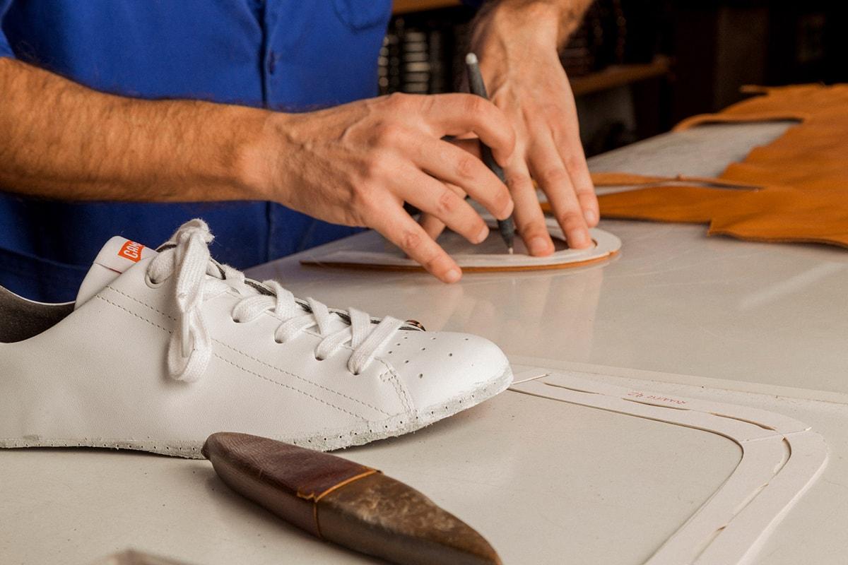 Spaans schoenenmerk Camper lanceert collectie van gebruikte schoenen