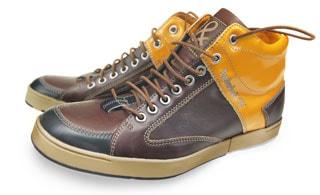 Van Bommel maakt schoenen met Timberland