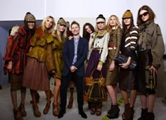 LFW: Burberry's Tweetwalk